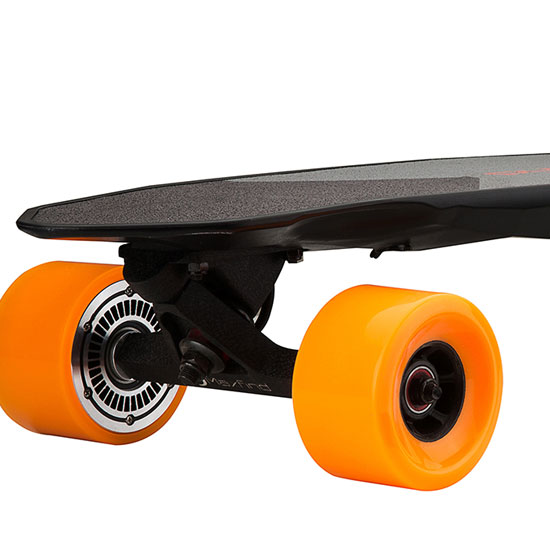 MaxFind Max 2's deck is non-slip and scratch resistant